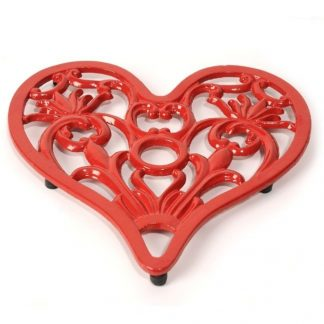 Cast in Style loveheart trivet